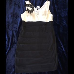 Other - Dress and Necklace bundle